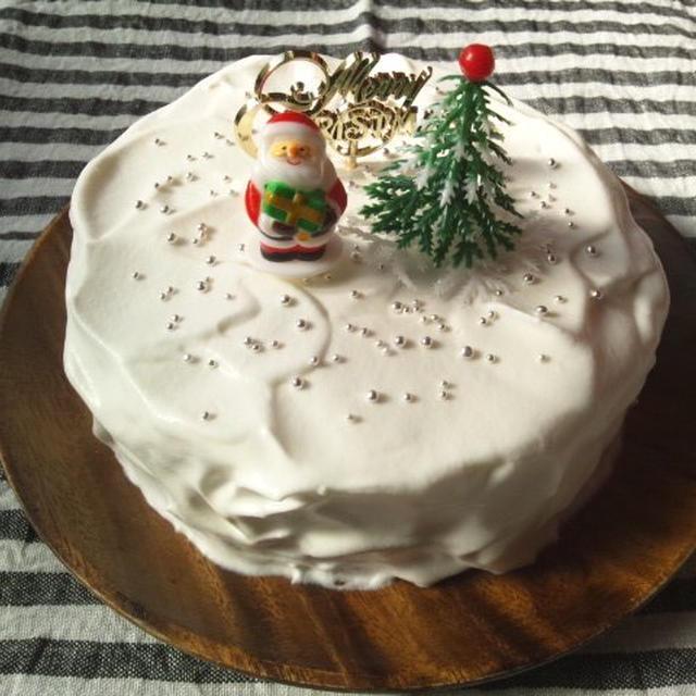 初のスポンジケーキで、クリスマスケーキ