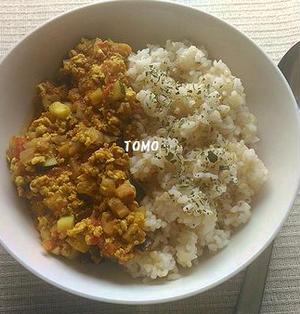 ヘルシー!お豆腐で量増し♪鶏挽肉とお豆腐のキーマカレー