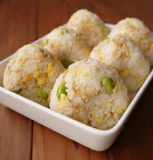 油揚げと卵のちらし寿司おにぎり