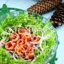 真っ赤なスモークサーモンサラダは いつもみんなの人気者! by ウエルキッチン