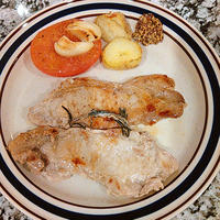 豚肉のハーブオイル漬けソテー
