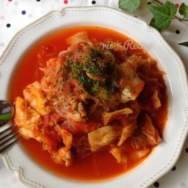鶏むね肉と糸こんにゃくのトマトソースパスタ