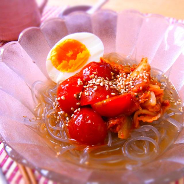 トマトとキムチの冷麺