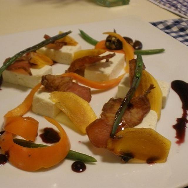 【ヌーヴォ祭り♪】柿と豆腐のアミューズ・プレート ~ブルーベリー黒酢ソースで ~ / ベーコンとアスパラガスのアヒージョ / 和牛ステーキ