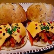 カラフルペパーのポテトチーズサンド♪