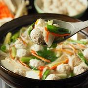 ナンコツ入のコリコリ鶏団子鍋