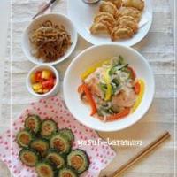 鮭の野菜焼きとゴーヤの肉詰めとポテト餃子