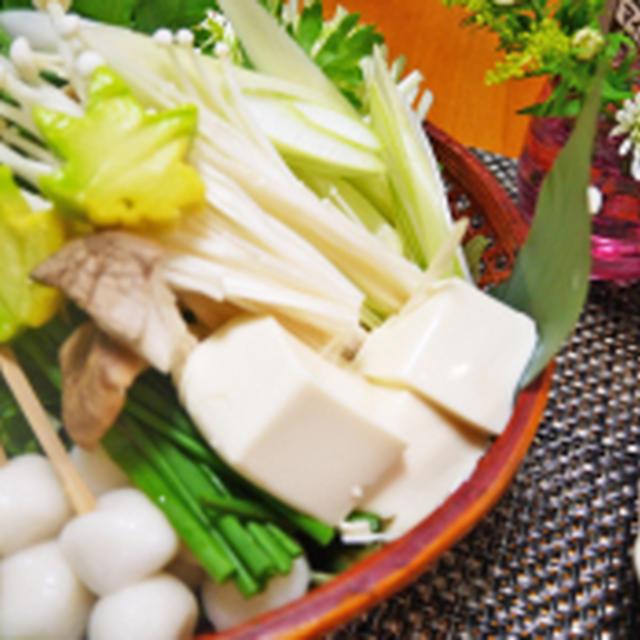 鶏白湯鍋〆は2回中華麺と白玉だんご