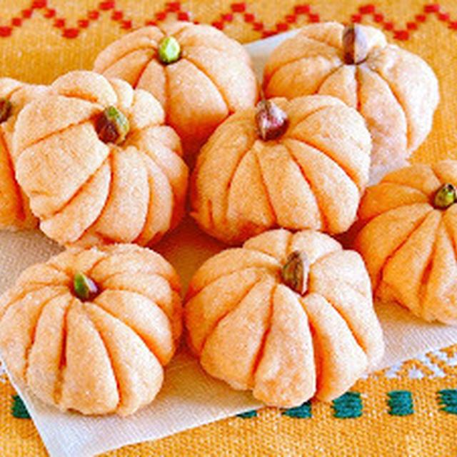 超簡単!かぼちゃのメロンパン (ハロウィン/サンクスギビング レシピ) | 海外向け日本の家庭料理動画 | OCHIKERON