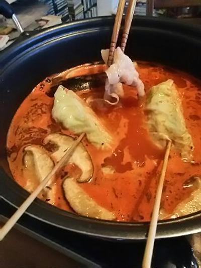 玉葱ベースのトマト鍋でイベリコ豚しゃぶ2