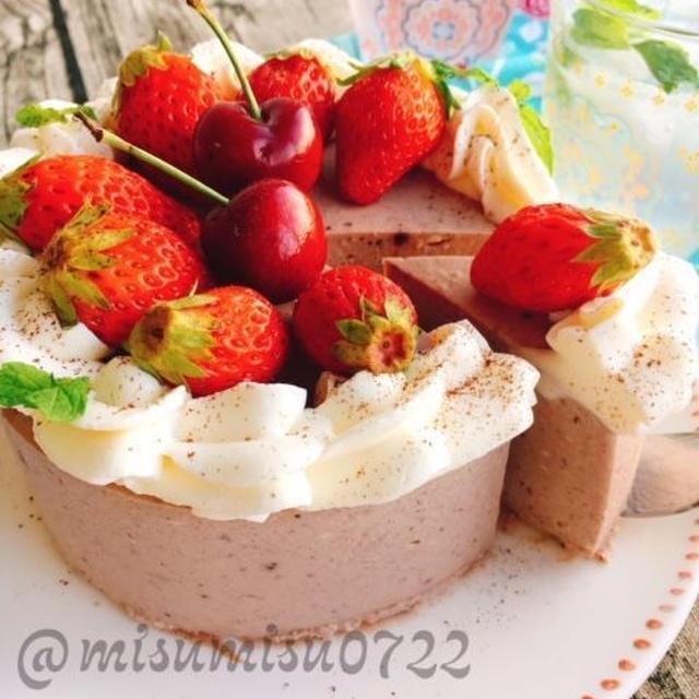 お砂糖なし!アサイーといちごバナナのレアチーズケーキ