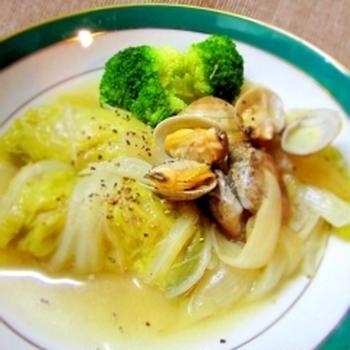 鉄分たっぷり★ロール白菜とあさりのスープ煮込み