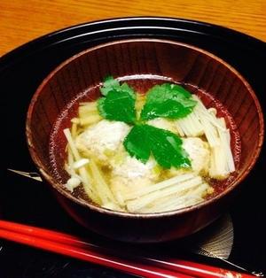鶏団子とえのきだけの中華スープ