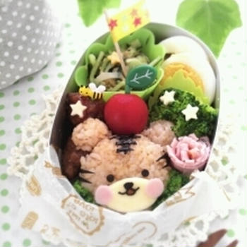 キャラ弁日記☆茶色いトラは…ただのクマ…弁当w&娘、マリリン探してますw