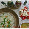 ハウス食品さんの「パラッと旨炒めペースト」で.簡単炊飯器ピラフ♪
