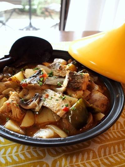 トルコ定番家庭料理。白身魚のギュヴェッチ。