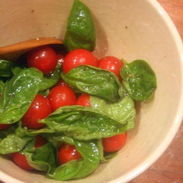【1番レシピ】バジルがメインのサラダ