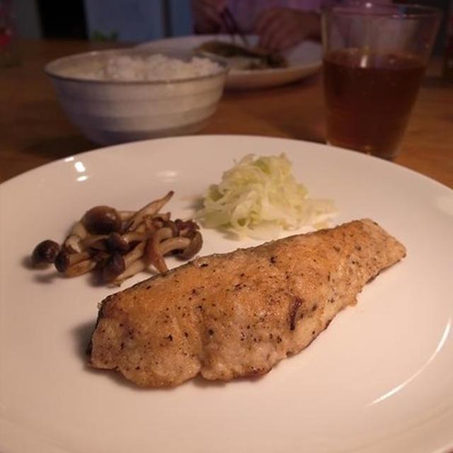 魚食の秋。サーモンのバター焼き 明日「ガススタイル2010」マリンメッセ福岡でイベントです!