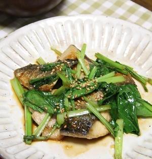 小松菜とさばの生姜照り焼き。和食晩ごはん。