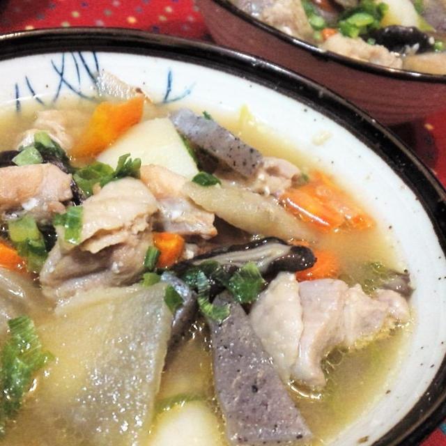 【レシピ】コク旨★ピリッと美味★豚汁アレンジ【鶏汁】(^^♪