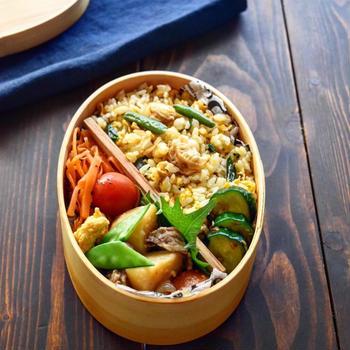 【お弁当】ホタテとインゲンの醤油バターチャーハン&肉じゃがの弁当#わらび餅レシピ