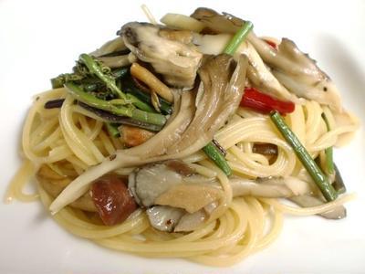 山菜ペペロンチーノ