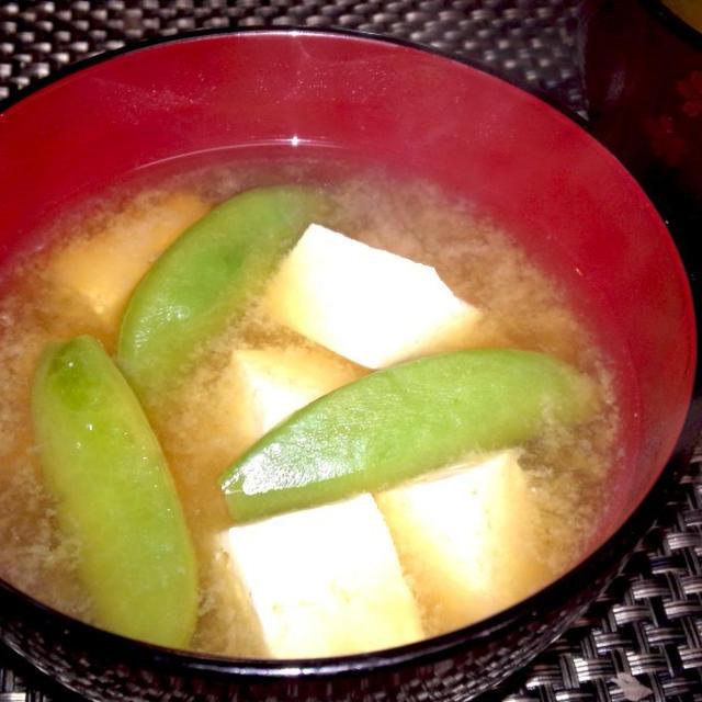 【レシピ】スナップエンドウと豆腐の味噌汁(^^♪