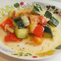 【夏野菜とハムのチーズ焼き】