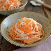 彩り鮮やかで副菜に便利!「大根×にんじん」で作るお手軽レシピ