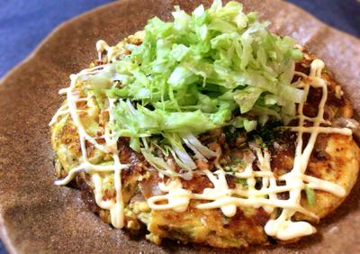 さらなる進化を。豚こま肉と豆腐のレタスお好み焼きは美味一択。(糖質13.5g)