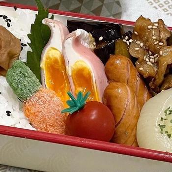 【お弁当】相性抜群!!!豚肉と茄子のピリ辛炒め/ロースト玉ねぎ