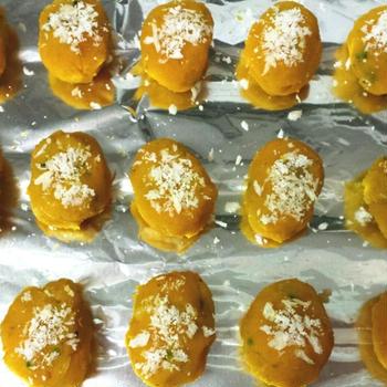 離乳食 レンジで調理、火を使わないかぼちゃコロッケ