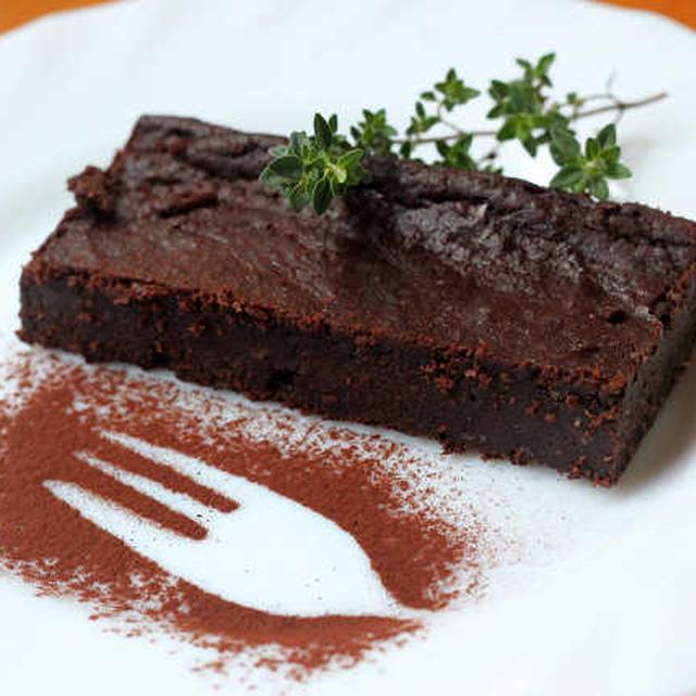ココナッツオイルで「濃厚チョコレートケーキ」