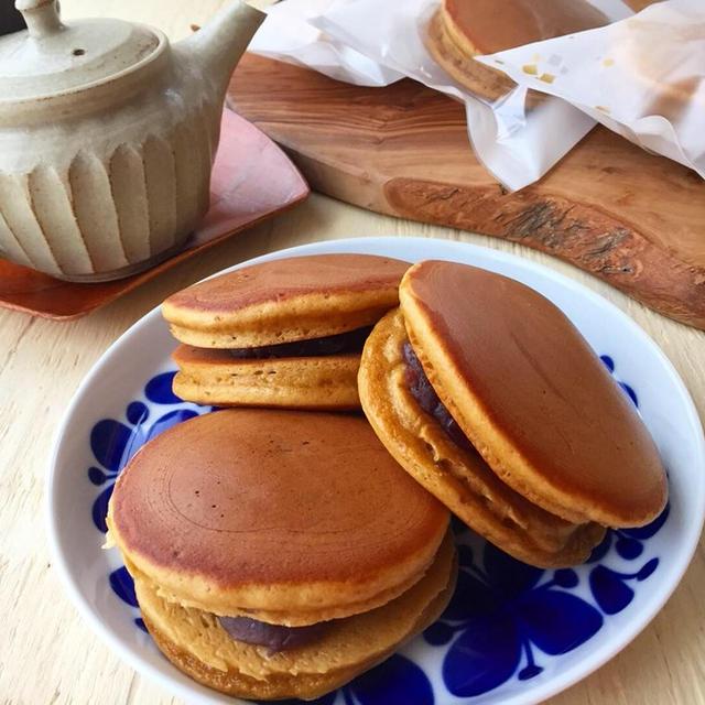 ホットケーキミックスで簡単おやつ♪ 黒糖どら焼き