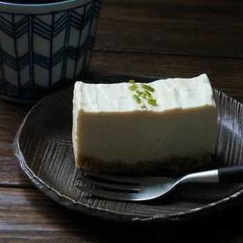 カボスと絹ごし豆腐のレアチーズケーキ