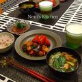 夏野菜と海老のチリソース炒め・びんちょうマグロの漬け♪