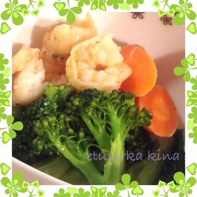 エビと青梗菜&ブロッコリーのアヒージョ