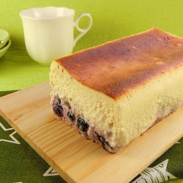 初心者も失敗なし!ブルーベリー入りふわふわスフレチーズケーキ