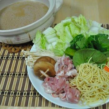 とんこつ味噌鍋(レシピ)