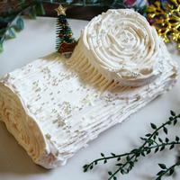 【クリスマスにおススメ】秘密の絶品ホワイトチョコクリームdeホワイト ブッシュ・ド・ノエル
