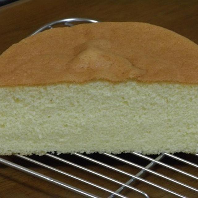 お菓子レシピ『 ふんわりしっとりレモンちゃんの基本のスポンジケーキ 』