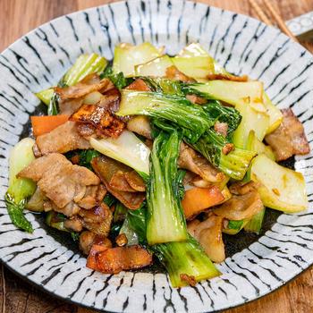 なんとなく懐かしい「豚肉と青梗菜の炒め物」&「網戸のシェード交換の仕方」