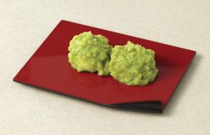 """自然な甘みと、つぶつぶもちもちの食感がたまらない「ずんだ餅」です。天然の枝豆のみで作られた""""ずんだ""""..."""