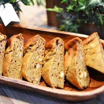 バナナブレッドの作り方♬フワッとしていてケーキのようなバナナを使ったパンのお菓子レシピ