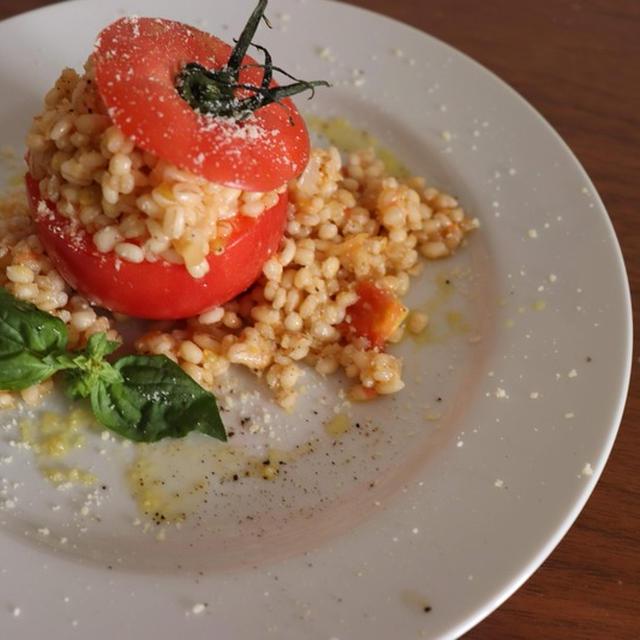丸ごとトマトのもち麦リゾット