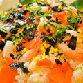 アメリカでもわが家は和食  ザワークラウトとスモークサーモンのちらし寿司