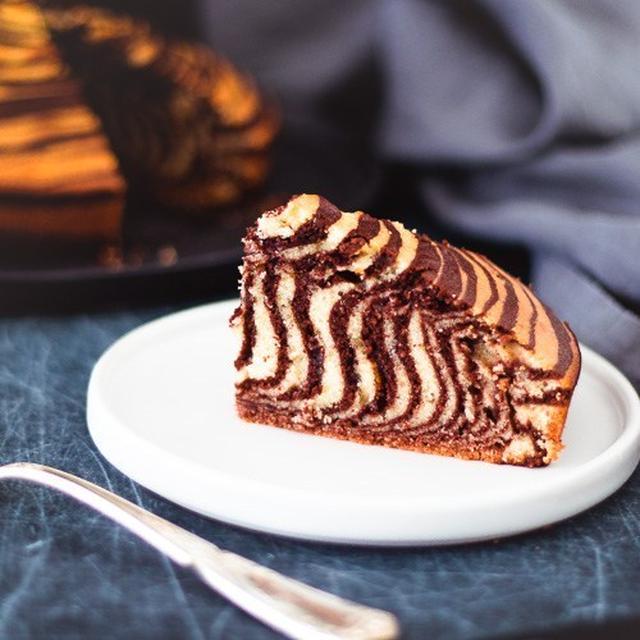 しましま模様のゼブラケーキのレシピ