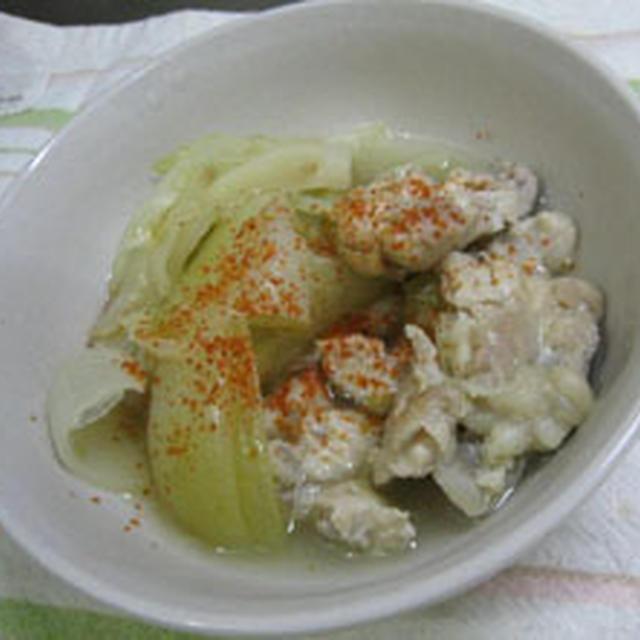 鶏肉とキャベツの蒸し煮