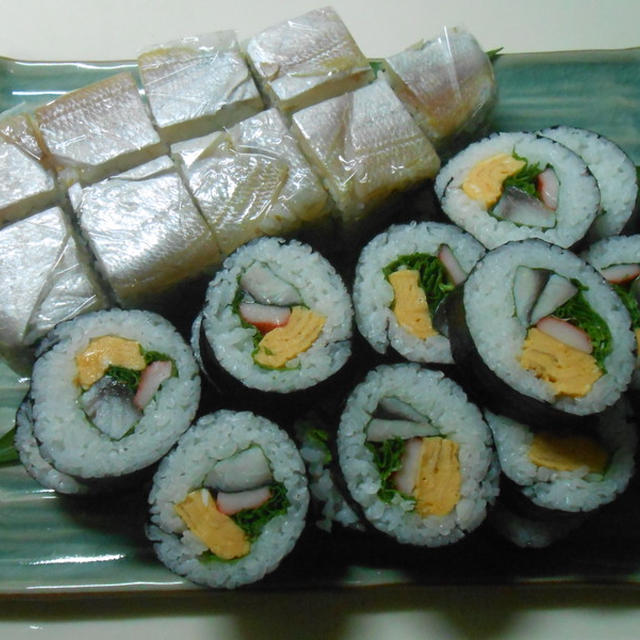 小鯛笹漬けの押し寿司とシメサバの巻き寿司