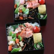 月曜鮭弁 ✿ ぶり大根(๑¯﹃¯๑)♪